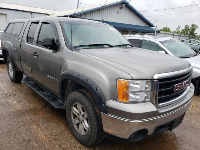 Salvage cars for sale from Copart Pekin, IL: 2007 GMC New Sierra