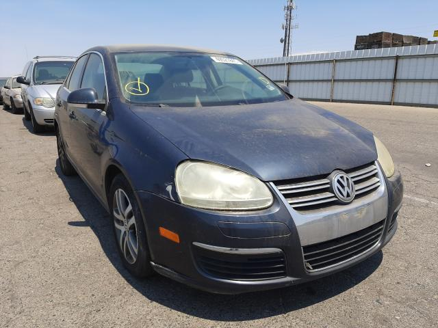 Salvage cars for sale from Copart Fresno, CA: 2006 Volkswagen Jetta 2.5