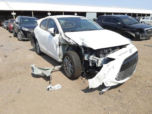 Salvage cars for sale from Copart Phoenix, AZ: 2017 Toyota Yaris IA