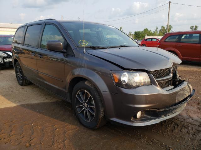 Salvage cars for sale from Copart Pekin, IL: 2017 Dodge Grand Caravan