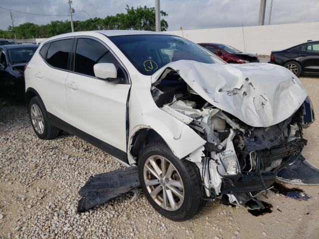 Salvage cars for sale from Copart Homestead, FL: 2019 Nissan Rogue S