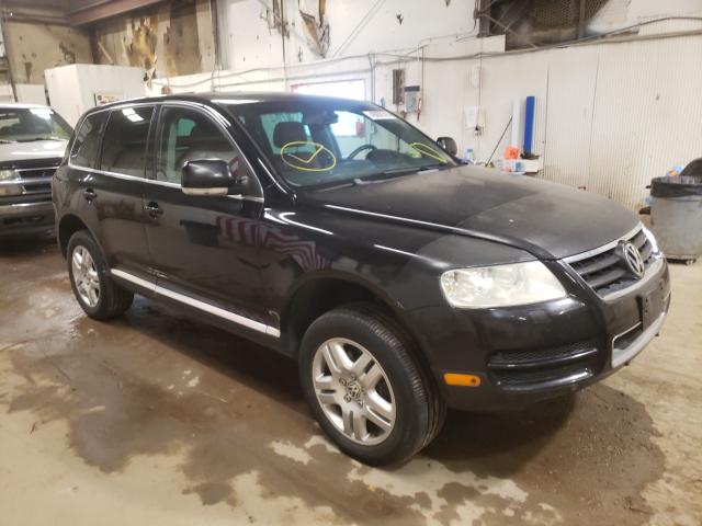 Salvage cars for sale from Copart Casper, WY: 2004 Volkswagen Touareg 4