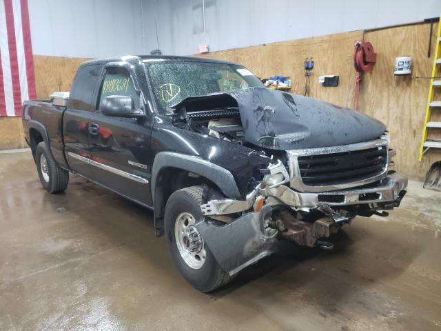 Salvage cars for sale from Copart Kincheloe, MI: 2003 GMC New Sierra
