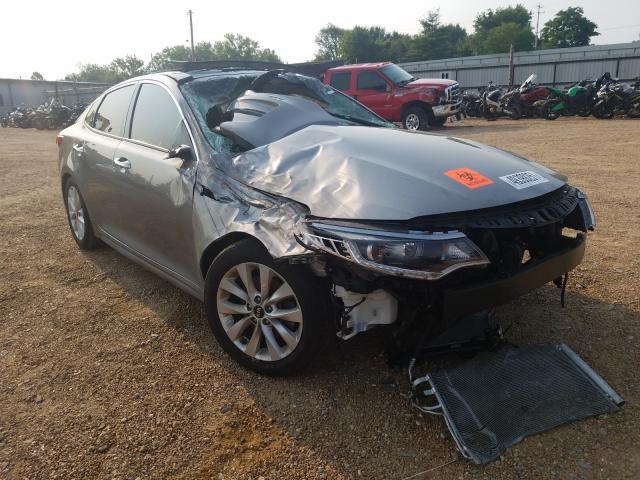 Salvage cars for sale from Copart Bridgeton, MO: 2018 KIA Optima EX