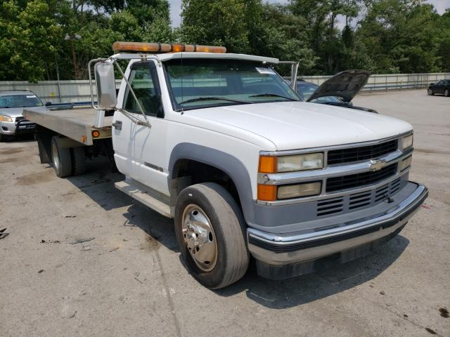 Salvage cars for sale from Copart Ellwood City, PA: 2001 Chevrolet GMT-400 C3