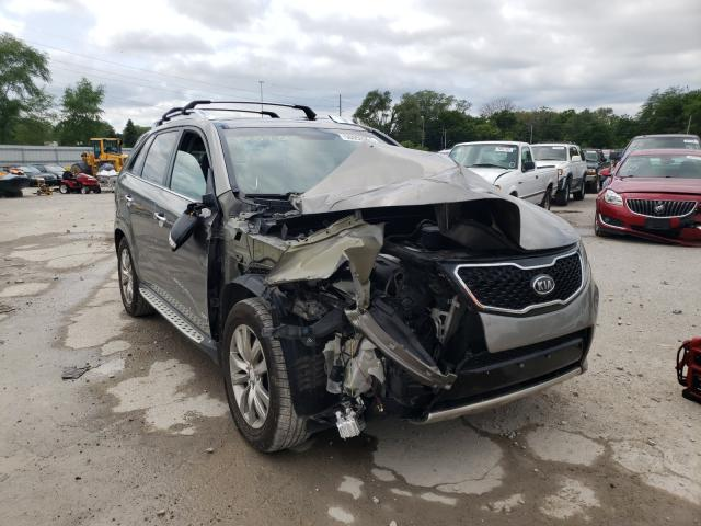 Salvage cars for sale from Copart Des Moines, IA: 2013 KIA Sorento SX