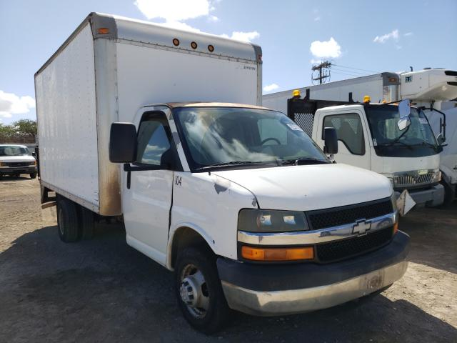 Salvage cars for sale from Copart Kapolei, HI: 2006 Chevrolet Express G3