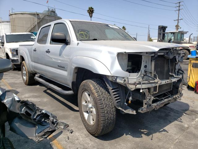 Salvage cars for sale from Copart Wilmington, CA: 2005 Toyota Tacoma DOU