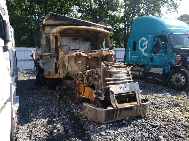 Salvage cars for sale from Copart Grantville, PA: 2007 Mack 700 CV700