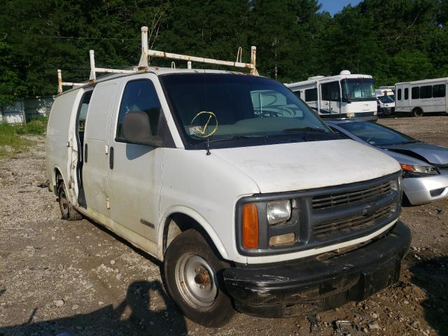 Salvage cars for sale from Copart Mendon, MA: 2000 Chevrolet Express G1