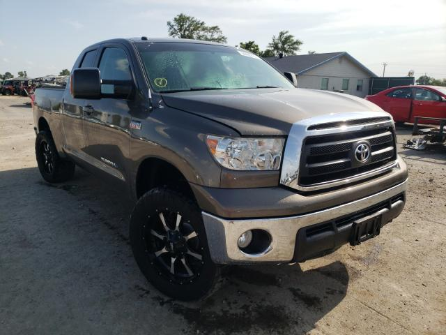 Salvage cars for sale from Copart Sikeston, MO: 2010 Toyota Tundra DOU