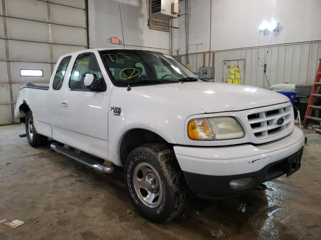 Salvage cars for sale from Copart Columbia, MO: 2002 Ford F150