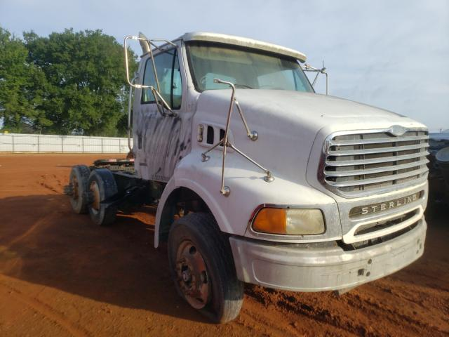 Salvage 2004 STERLING TRUCK ALL MODELS - Small image. Lot 50469381