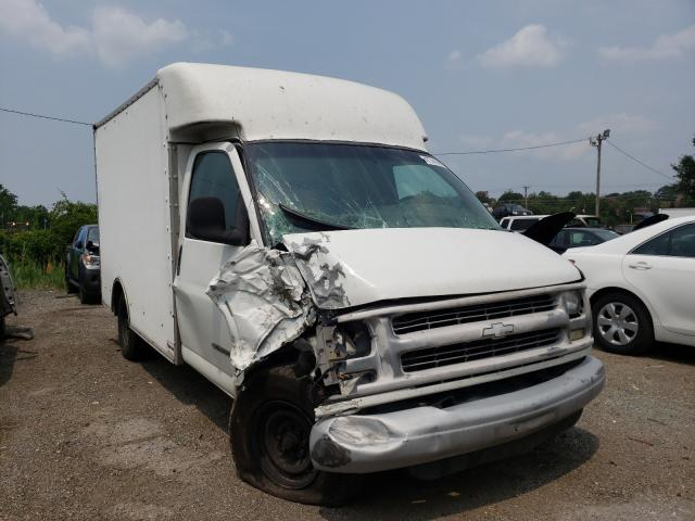 Salvage trucks for sale at Baltimore, MD auction: 2002 Chevrolet Express G3