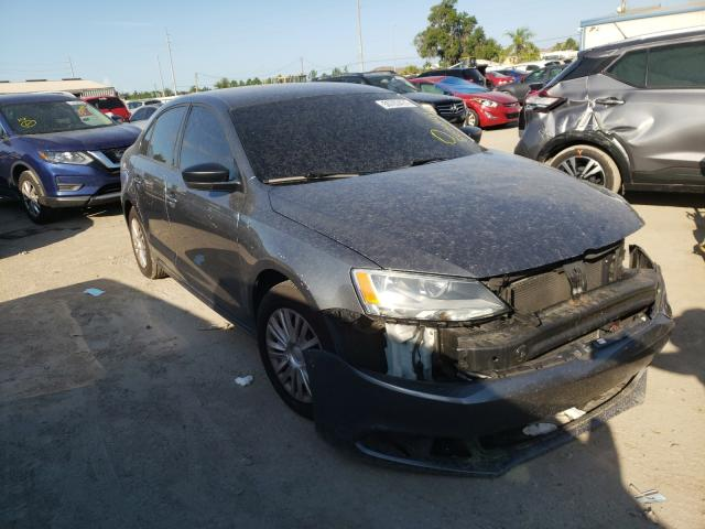 Salvage cars for sale from Copart Riverview, FL: 2014 Volkswagen Jetta Base
