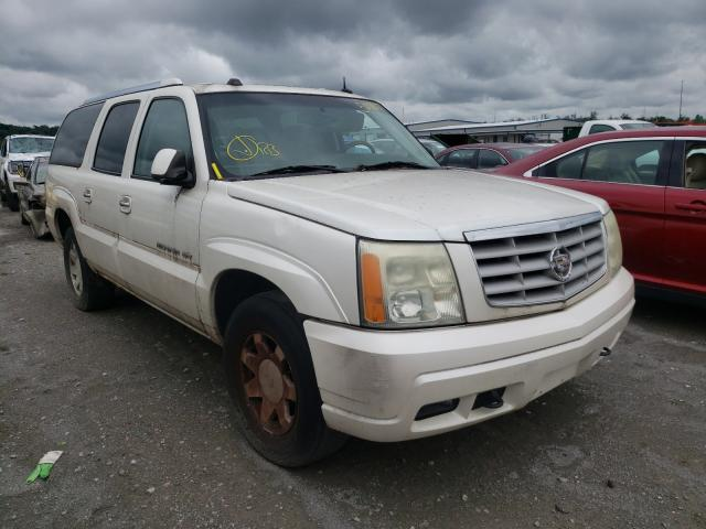 Salvage trucks for sale at Alorton, IL auction: 2004 Cadillac Escalade E