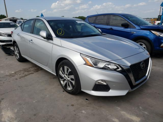 Salvage cars for sale from Copart Grand Prairie, TX: 2020 Nissan Altima S