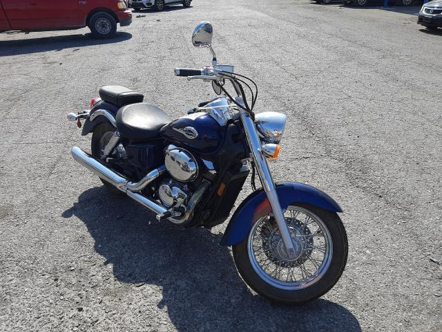 Salvage motorcycles for sale at Las Vegas, NV auction: 2002 Honda VT750 CDD