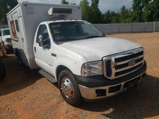 Salvage trucks for sale at Oklahoma City, OK auction: 2005 Ford F350 Super