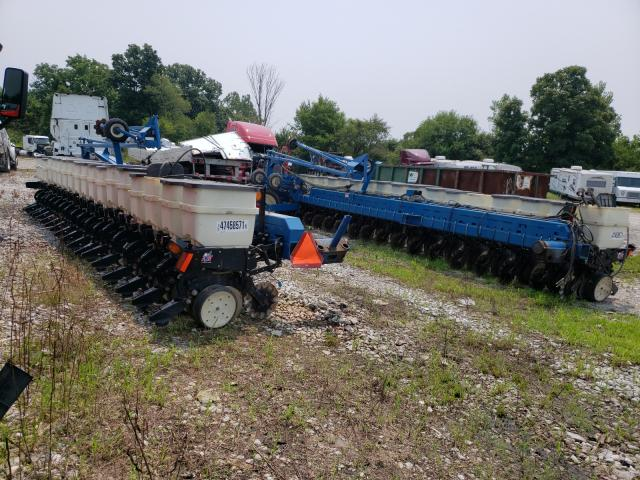 Salvage cars for sale from Copart Cicero, IN: 2006 Corn Planter