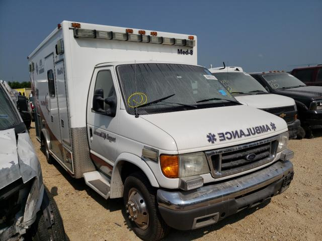 Salvage cars for sale from Copart Kansas City, KS: 2005 Ford Econoline
