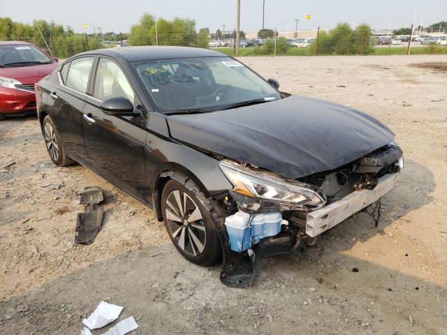 Nissan Altima SV salvage cars for sale: 2019 Nissan Altima SV