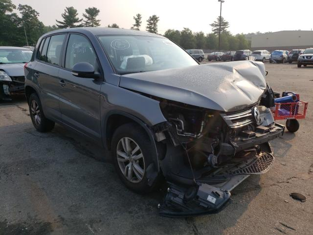 Salvage cars for sale from Copart Exeter, RI: 2014 Volkswagen Tiguan S