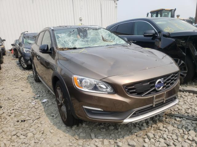 Salvage cars for sale from Copart Windsor, NJ: 2016 Volvo V60 Cross