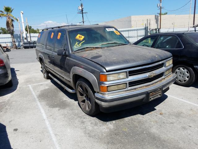 Salvage cars for sale from Copart Sun Valley, CA: 1999 Chevrolet Suburban C