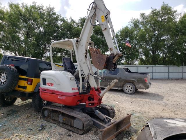 Take salvage cars for sale: 2017 Take Excavator