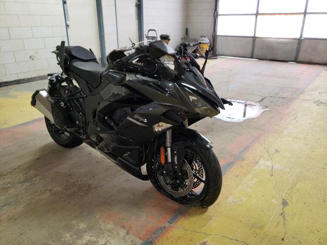 Salvage cars for sale from Copart Indianapolis, IN: 2021 Kawasaki ZX1002 K