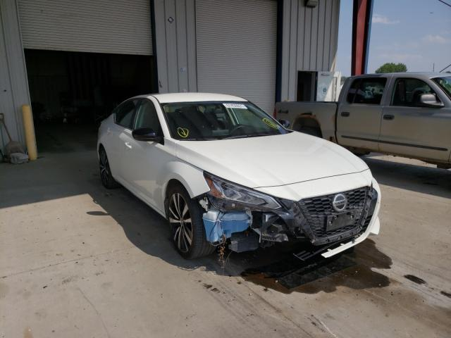 Salvage cars for sale from Copart Billings, MT: 2019 Nissan Altima SR