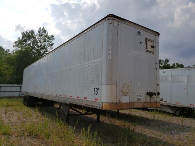 Salvage trucks for sale at Elgin, IL auction: 2004 Hyundai Trailer