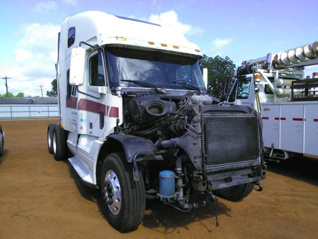 Salvage cars for sale from Copart Longview, TX: 1998 Freightliner Convention