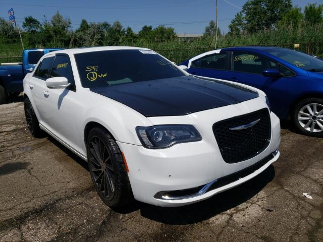 2015 Chrysler 300 S en venta en Woodhaven, MI