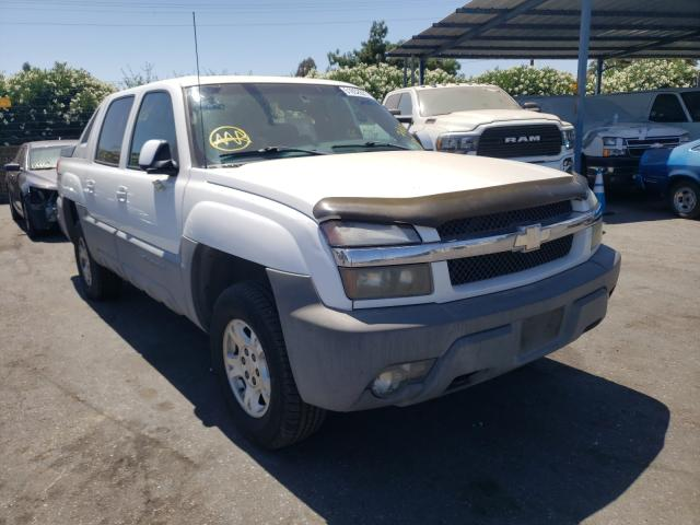Salvage cars for sale from Copart San Martin, CA: 2002 Chevrolet Avalanche