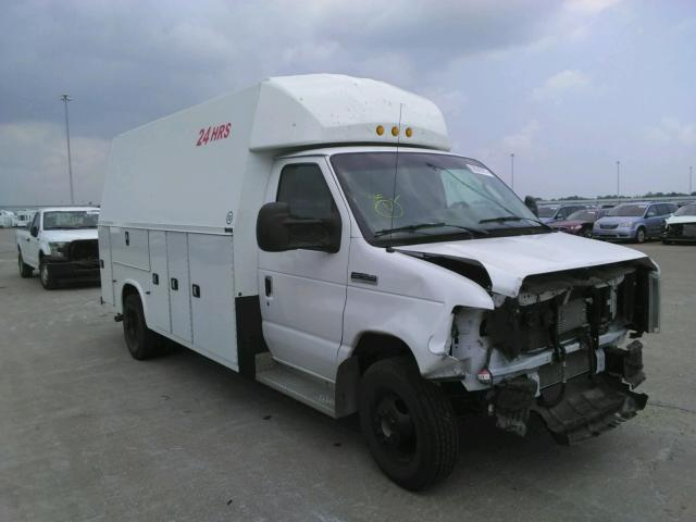 Salvage cars for sale from Copart Eldridge, IA: 2017 Ford Econoline