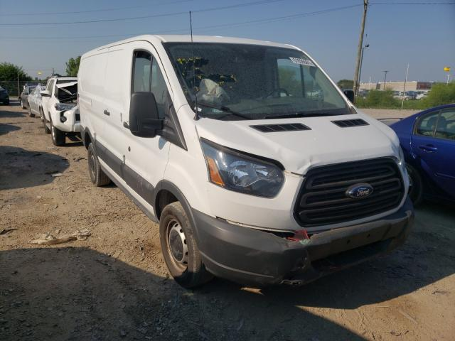 Salvage cars for sale from Copart Indianapolis, IN: 2017 Ford Transit T