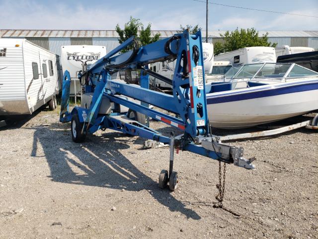 Geni salvage cars for sale: 2015 Geni Lift