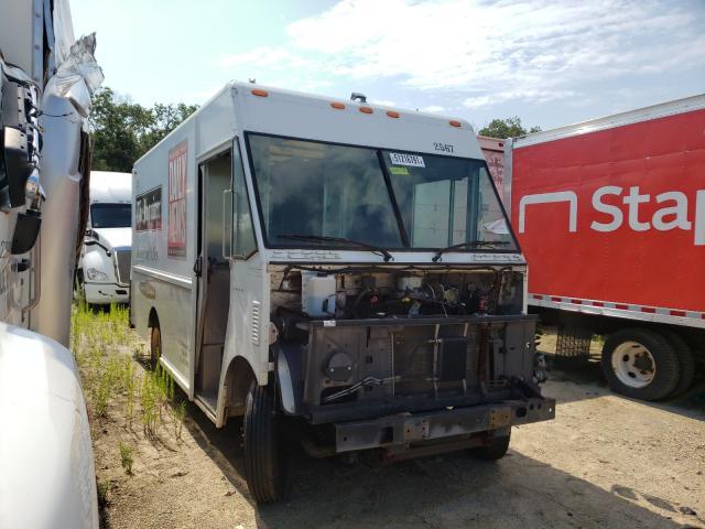 Vehiculos salvage en venta de Copart Glassboro, NJ: 2005 Workhorse Custom Chassis Forward CO