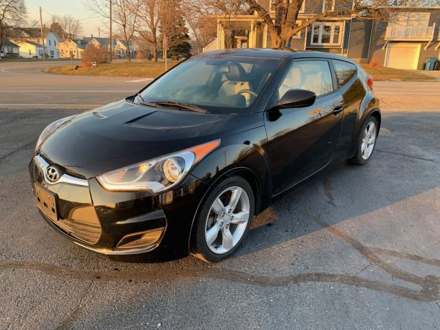 Salvage cars for sale from Copart Pekin, IL: 2014 Hyundai Veloster