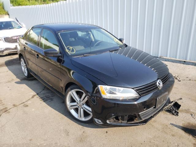 Salvage cars for sale from Copart Marlboro, NY: 2011 Volkswagen Jetta Base