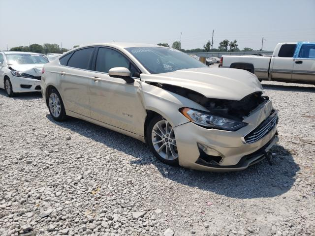 Salvage cars for sale from Copart Des Moines, IA: 2019 Ford Fusion SE