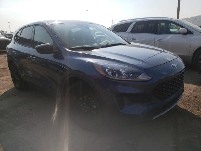 Salvage cars for sale from Copart Woodhaven, MI: 2020 Ford Escape SE
