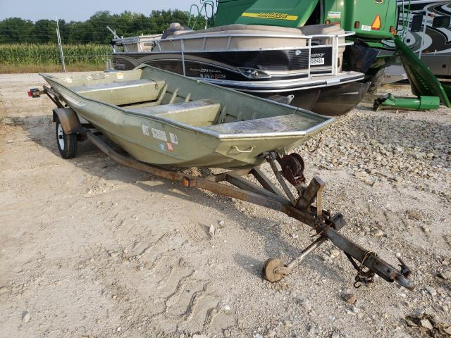 Salvage boats for sale at Columbia, MO auction: 1990 Lowe Boat