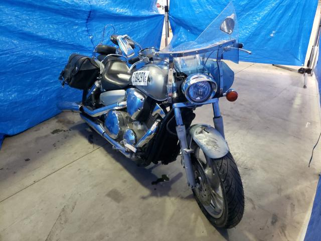 Salvage cars for sale from Copart Moncton, NB: 2004 Honda VTX1300C