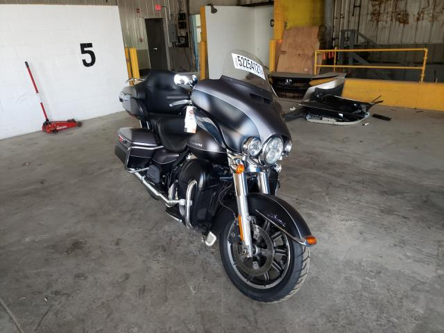 Salvage motorcycles for sale at Candia, NH auction: 2017 Harley-Davidson Flhtk Ultr