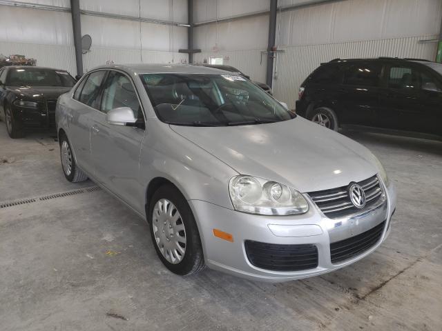 Salvage cars for sale from Copart Greenwood, NE: 2005 Volkswagen New Jetta