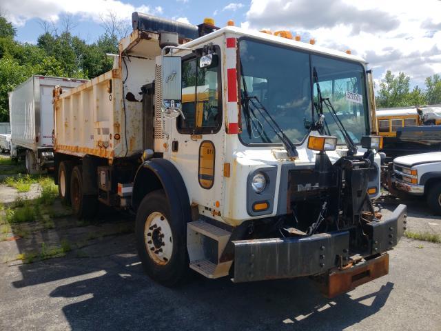 Vehiculos salvage en venta de Copart Marlboro, NY: 2010 Mack Semi