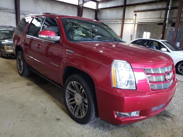 Cadillac Vehiculos salvage en venta: 2013 Cadillac Escalade P